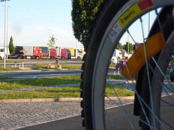 Niemcy - parking przy autostradzie