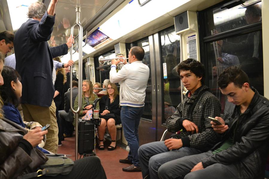 paryż metro